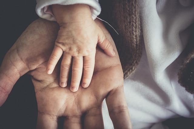 miminko v ručičkou.jpg